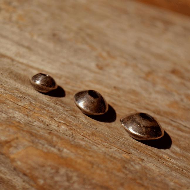 Flat Beads (