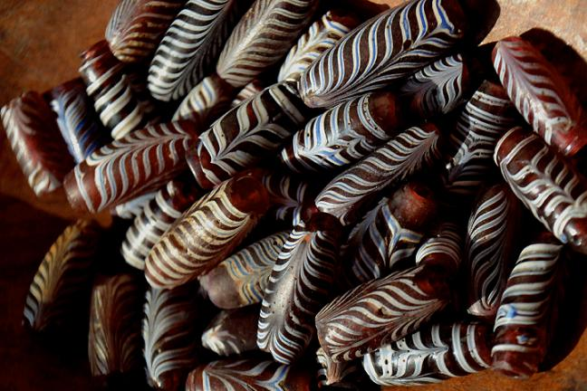 Antique Venetian Feather Beads (アンティーク フェザービーズ オールドベネチアン)
